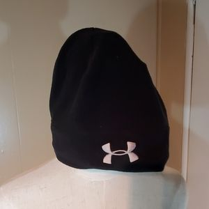 Under Armour Black Form Fitting Hat